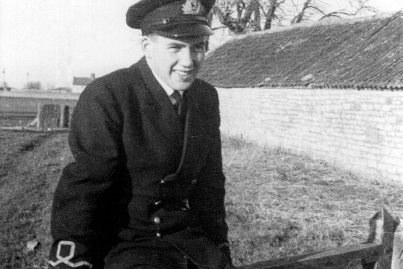 Sub-Lieutenant Hampton Gray in December 1941. Yeovilton, England.