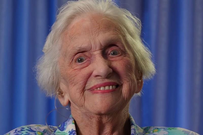 Rika Wright (BA '33)