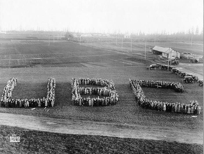 """Students in """"UBC"""" formation as part of Great Trek"""