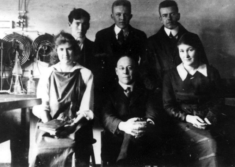 UBC's first graduate degree was awarded to chemist Ruth Vivian Fulton, pictured here with a chemistry group in 1919 Photo: University of British Columbia Archives [UBC 93.1/16]